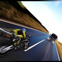 HIGHWAY TRAFFIC BIKE RACER