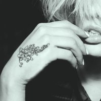 Tattoo Designer Booth - Add Tattoos on your body