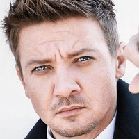 Jeremy Renner Official