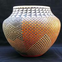 Pottery Design HD - Innovative Pots Painting Desig